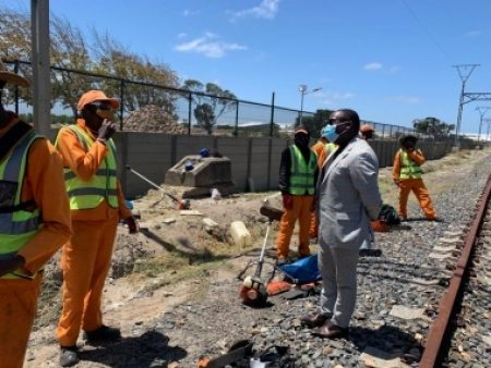Western Cape Government And PRASA Help To Create Economic Opportunities