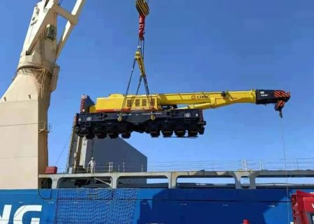 CRRC Qiqihar Exports Railway Cranes And Supporting Facilities To Nigeria
