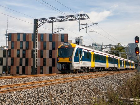 CAF Signs A New Contract In Auckland For The Supply Of 15 Electric Units