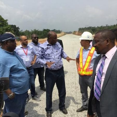 Minister Resumes Railway Inspection Tours