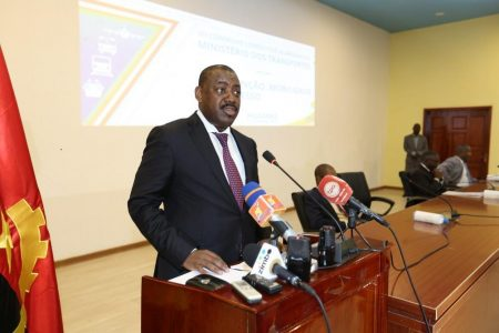 Angolan Government Acknowledged By Workers In The Transport Sector