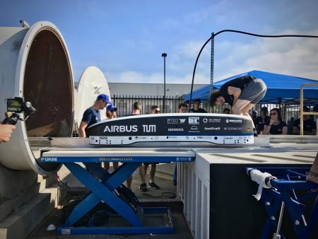 Student Group Sets New Hyperloop Speed Record