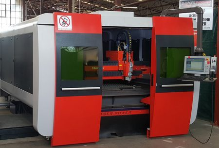 Laser Power First: First Cut Delivers First Fibre Laser Ever Imported To Zimbabwe For Customer Sawpower