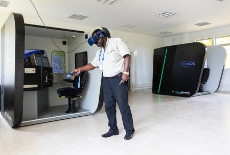 EMD SD40 And EMD GT46AC Simulators With VR Delivered To SETRAG In Gabon